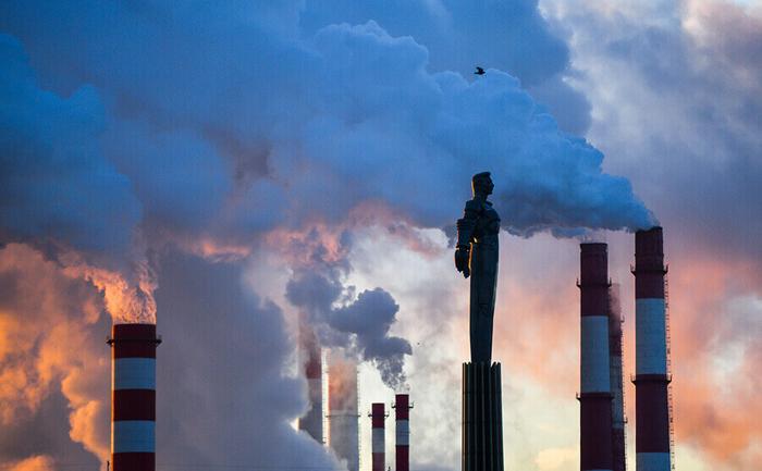 Когда весь мир из-за пандемии очищается, Россия ставит рекорды по загрязнению