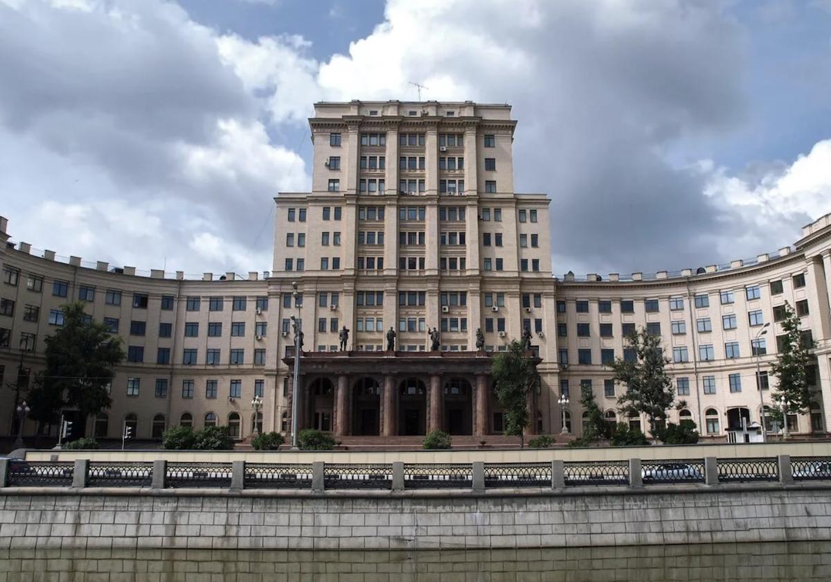 Работу МГТУ имени Баумана приостановили из-за несоблюдения антиковидных мер