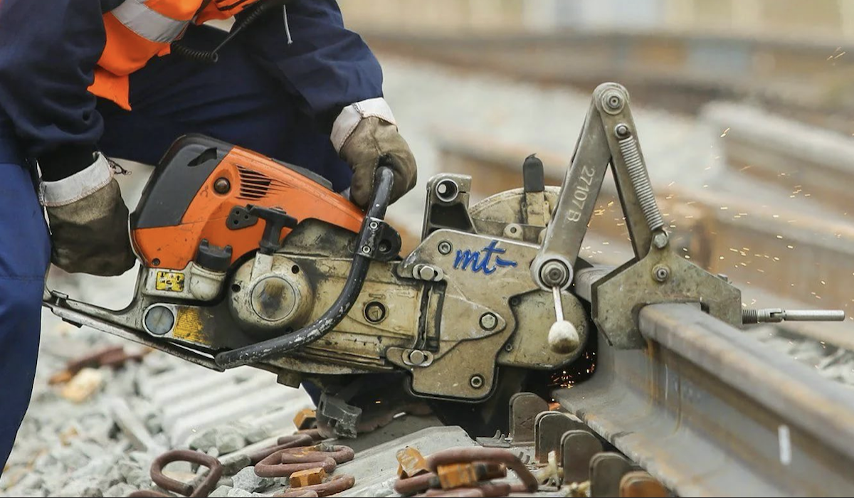 В префектуре ЦАО назвали срок окончания ремонта трамвайных путей на Шаболовке